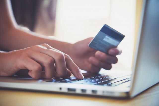 Venta de electrodomésticos, computadores y equipos de comunicaciones en jornadas del Día Sin IVA serán por comercio electrónico: Mincomercio y MinInterior.