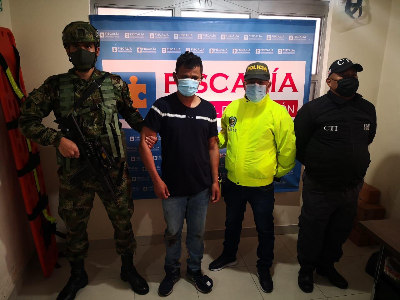 CÁRCEL PARA UN PRESUNTO INTEGRANTE DEL ELN QUE HABRÍA PARTICIPADO EN EMBOSCADA QUE DEJÓ DOS POLICÍAS MUERTOS EN NARIÑO