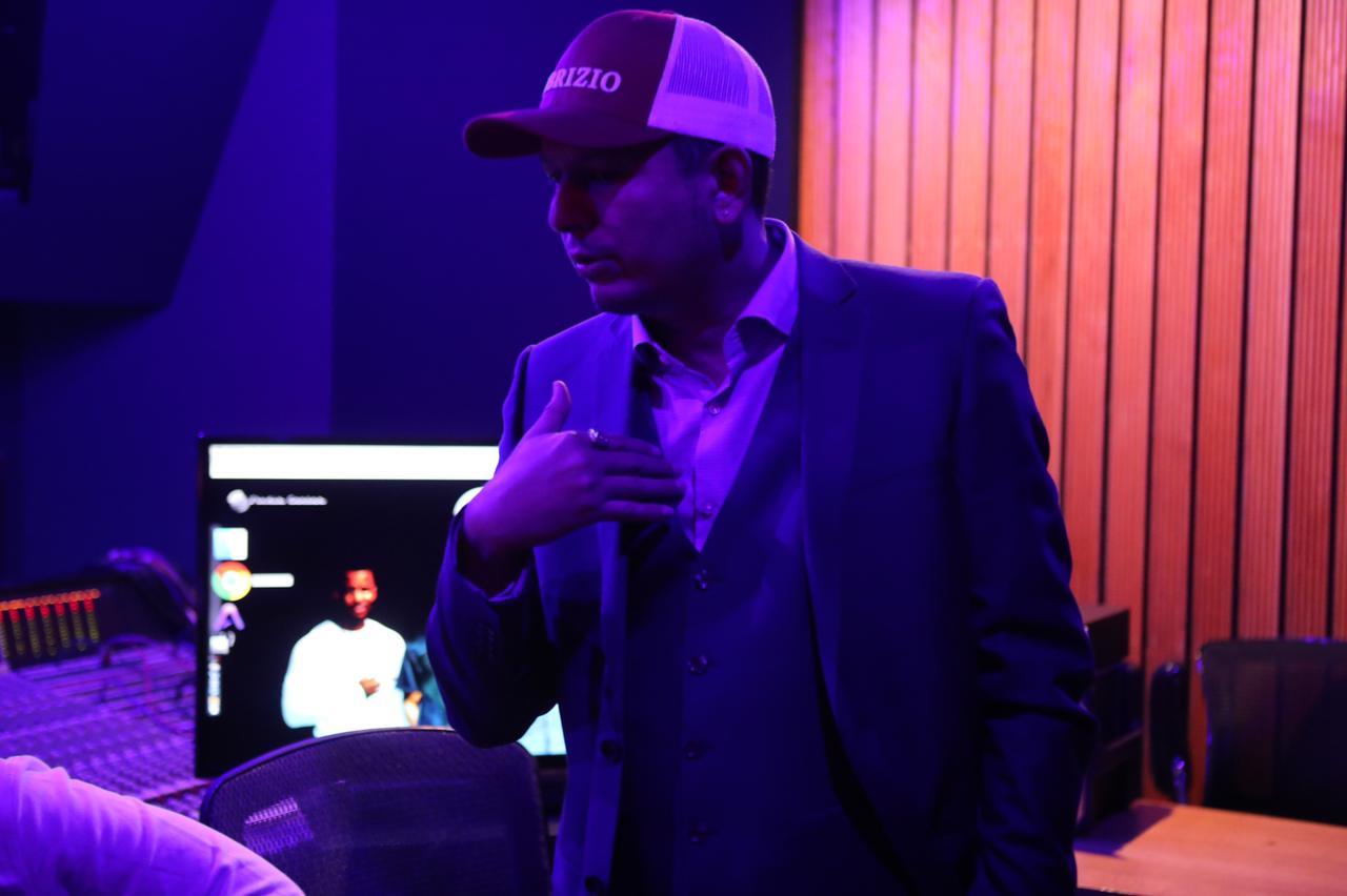 Fabrizio Moreira, el genio detrás de la plataforma Secret Hit Music, llega a Colombia para apoyar nuevo talento local