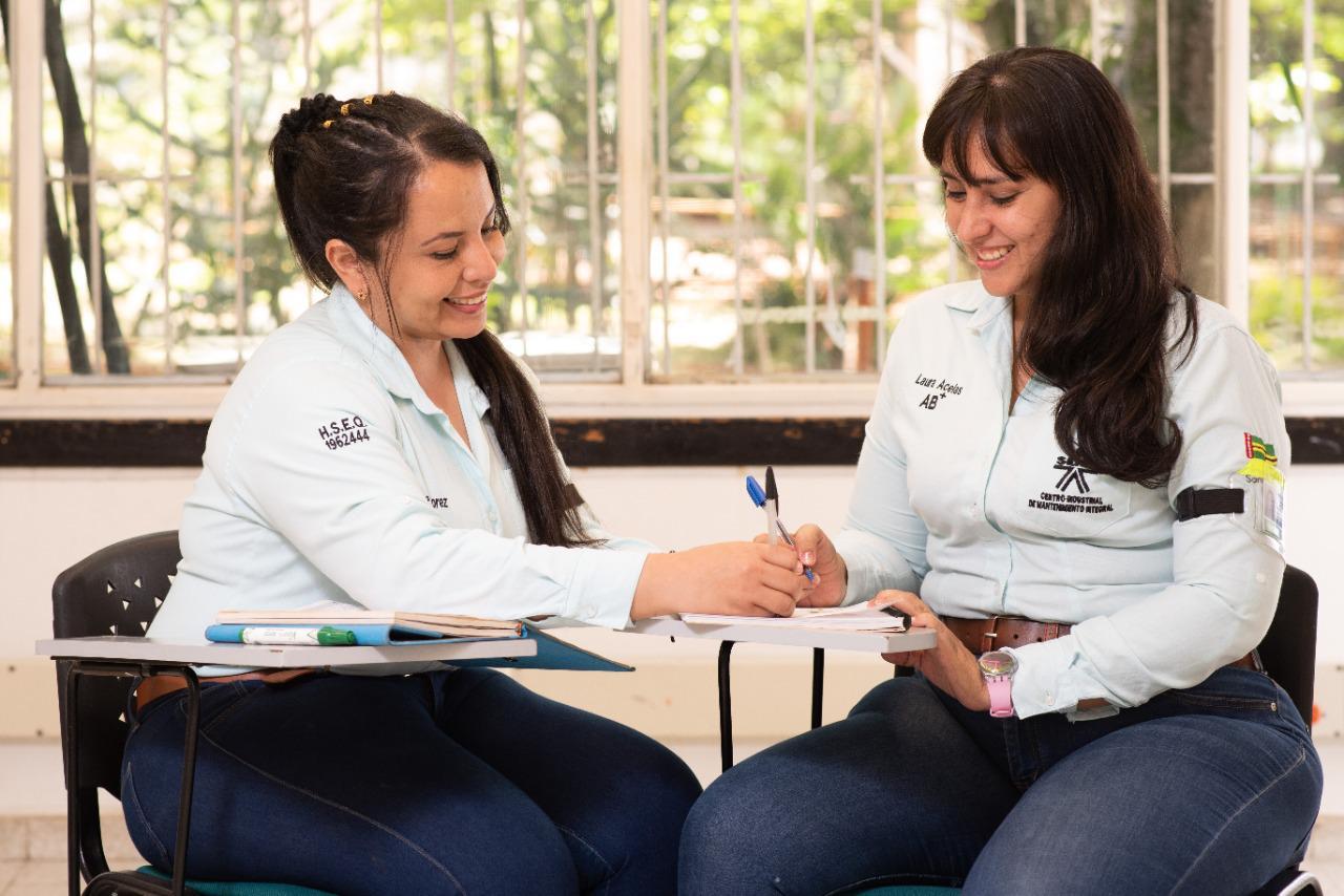 BBVA y el SENA crean oportunidades de formación y empleo para jóvenes de comunidades vulnerables del país